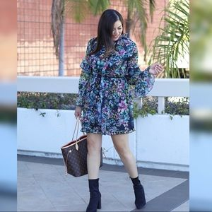 Floral frilly sleeved dress